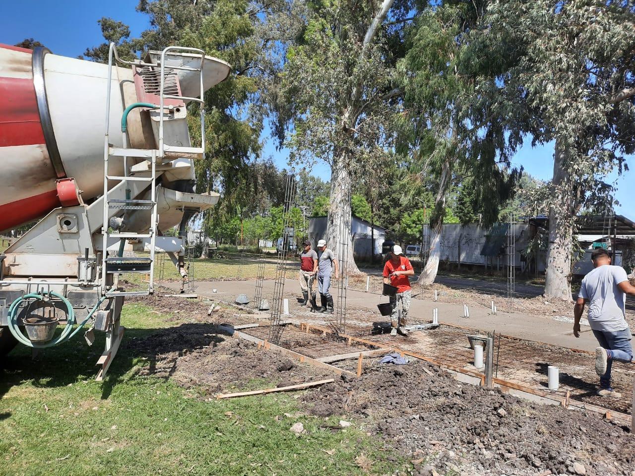 COMENZÓ LA OBRA DE CONSTRUCCIÓN DE NUEVOS BAÑOS EN EL CAMPING MUNICIPAL